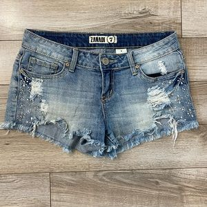 Juniors destroyed  jean shorts size 7
